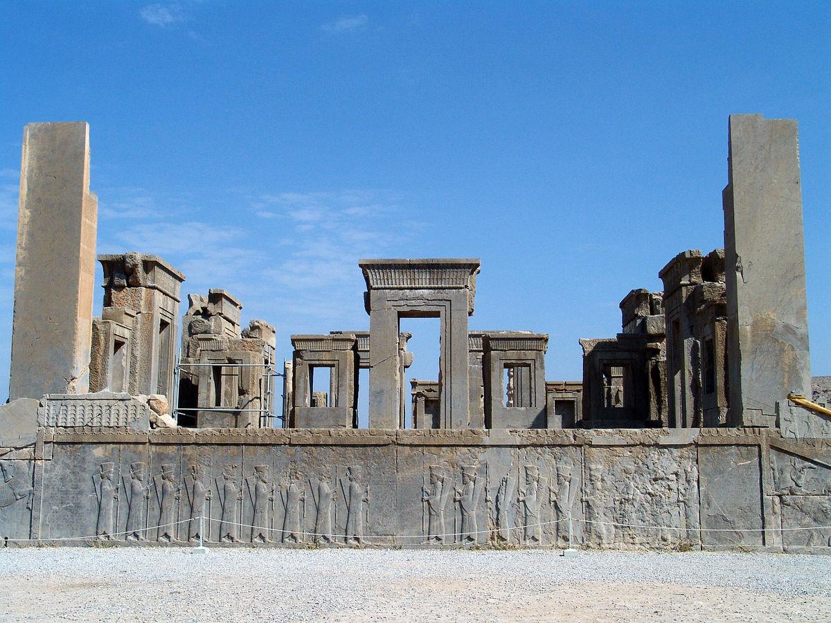يجب القيام به: زيارة برسيبوليس في شيراز ، سیاحت ایران ، السفر الی ایرانأفضل أنشطة ممتعة في إيران