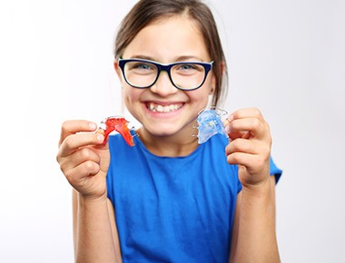 تقويم الأسنان سیاحت ایران علاج فی ایران 00989358372018للاطفال